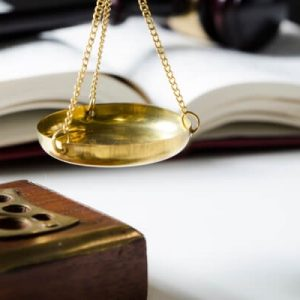 Insured parties choose own lawyer